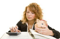 Полезные советы как экономить деньги при маленькой зарплате